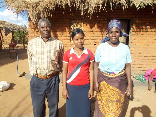 olipa-and-parents